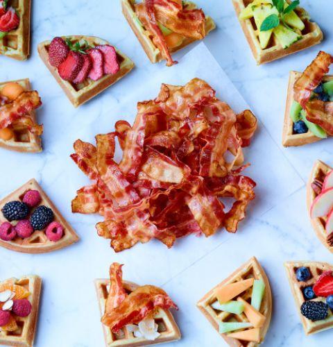 Bacon frais tranché 22 tranches / 2'' (anciennement 18-22 tranches / Lb) 33% moins de sodium que notre produit régulier