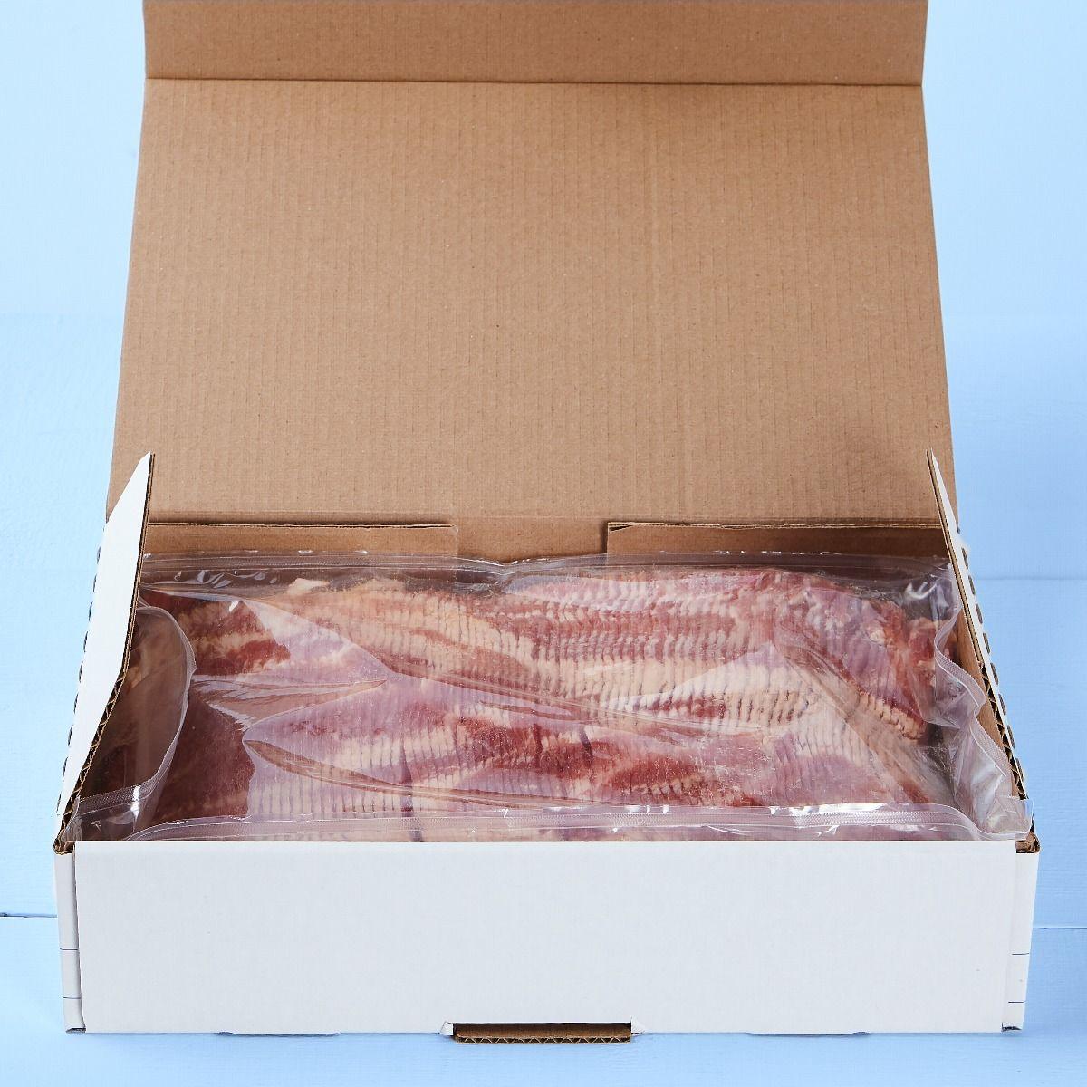 Bacon frais à saveur de fumée de bois de pommier tranché, 17 tranches / 2'' (anciennement 16-18 tranches / Lb)